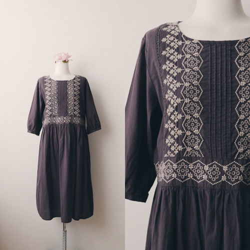 [vintage] antiqueness embroidery dress