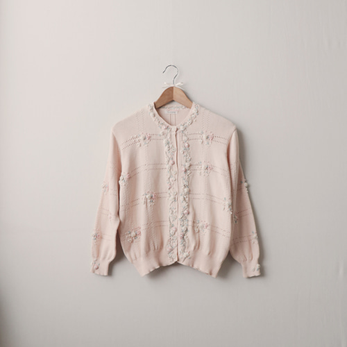 [vintage] marshmallow flower embroidery cardigan