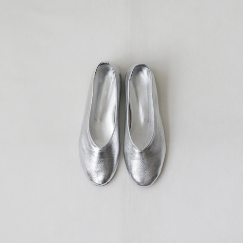[by mani] shining leather flat (silver)